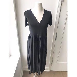 ZARA black pleated midi dress size small